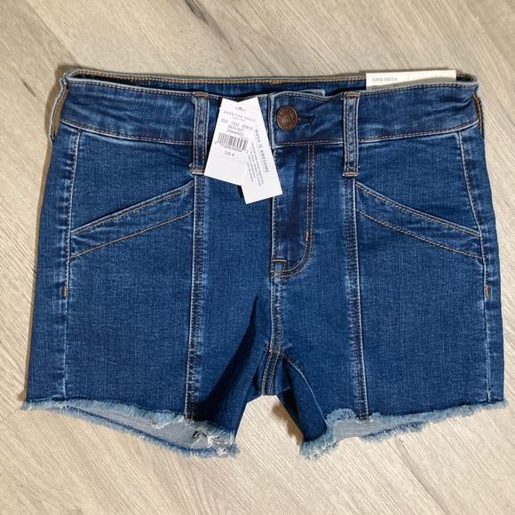 NWT American Eagle MIDI Stretch Jean Shorts Size 4